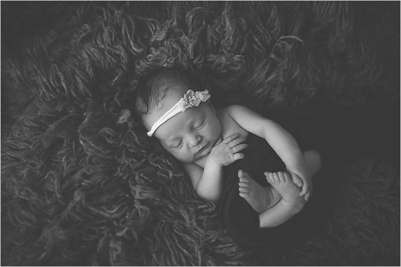 nh-new-hampshire-newborn-portraits-photography-photographer-lifestyle-exeter-hampton-bedford-epping-sesacoast-new-england-family-4