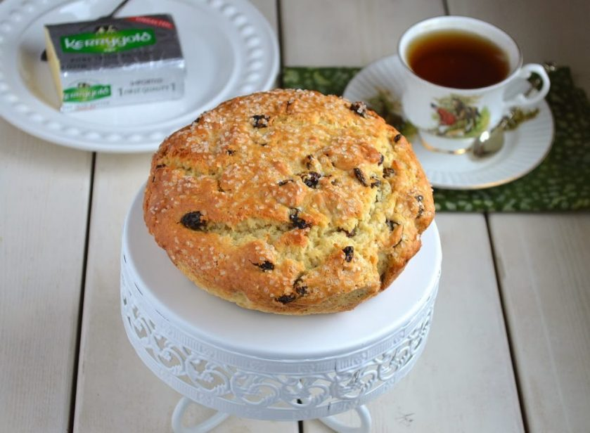 Sweet-Irish-Soda-Bread-with-Kerrygold-Butter-1024x751.jpg